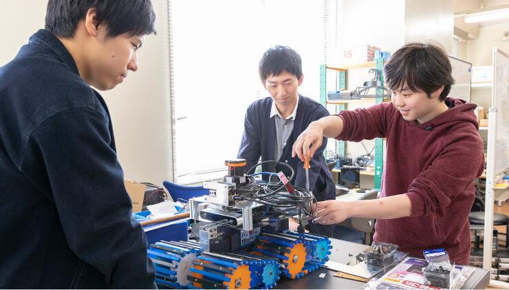工学科3・4 年次 ロボティクスコース