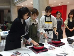 学生のための料理教室_調理1