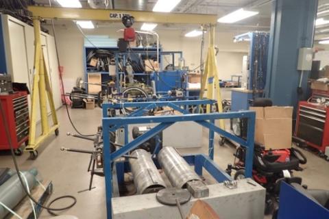 ピッツバーグ大学の車椅子の部品を加工するためだけの設備