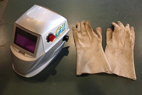 溶接面と皮手袋